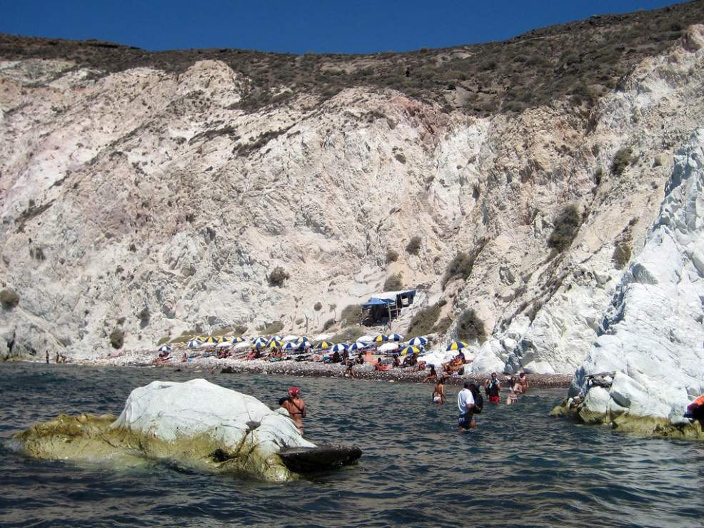 Things to do in Santorini, Places to visit in Santorini, Beaches in Santorini, White Beach