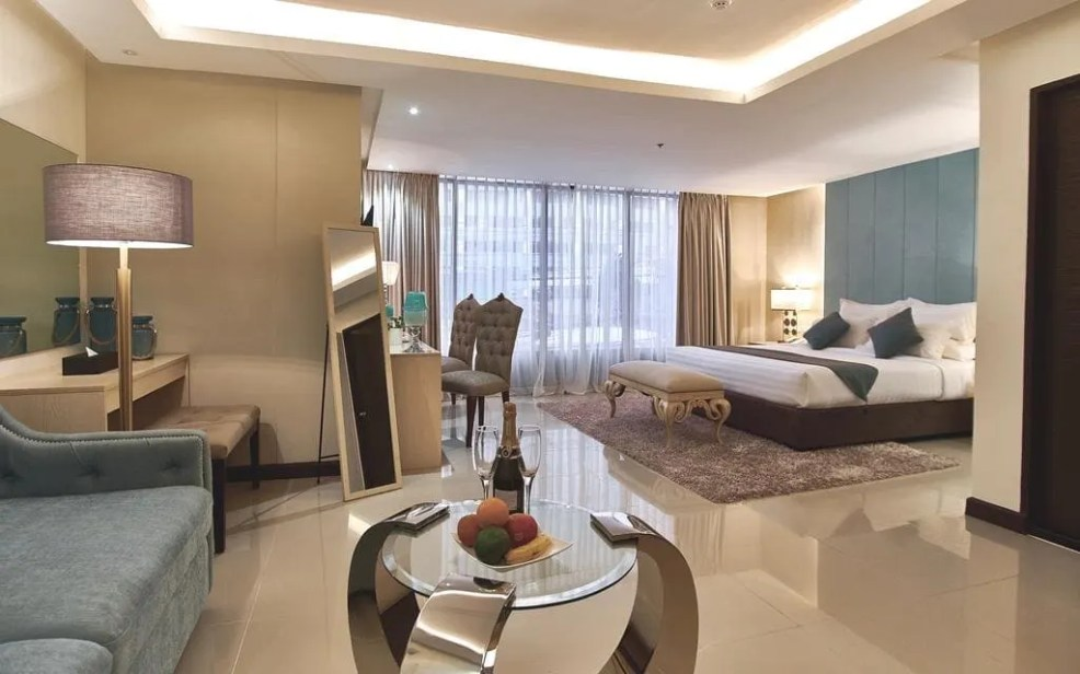 Where to stay in Iloilo City, luxury resorts in iloilo, cheap hotels in iloilo, where to sleep in iloilo, J7 Hotel
