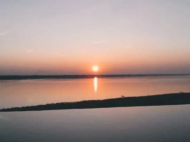 sunset in Pakse, pakse, Instagrammable places in Laos