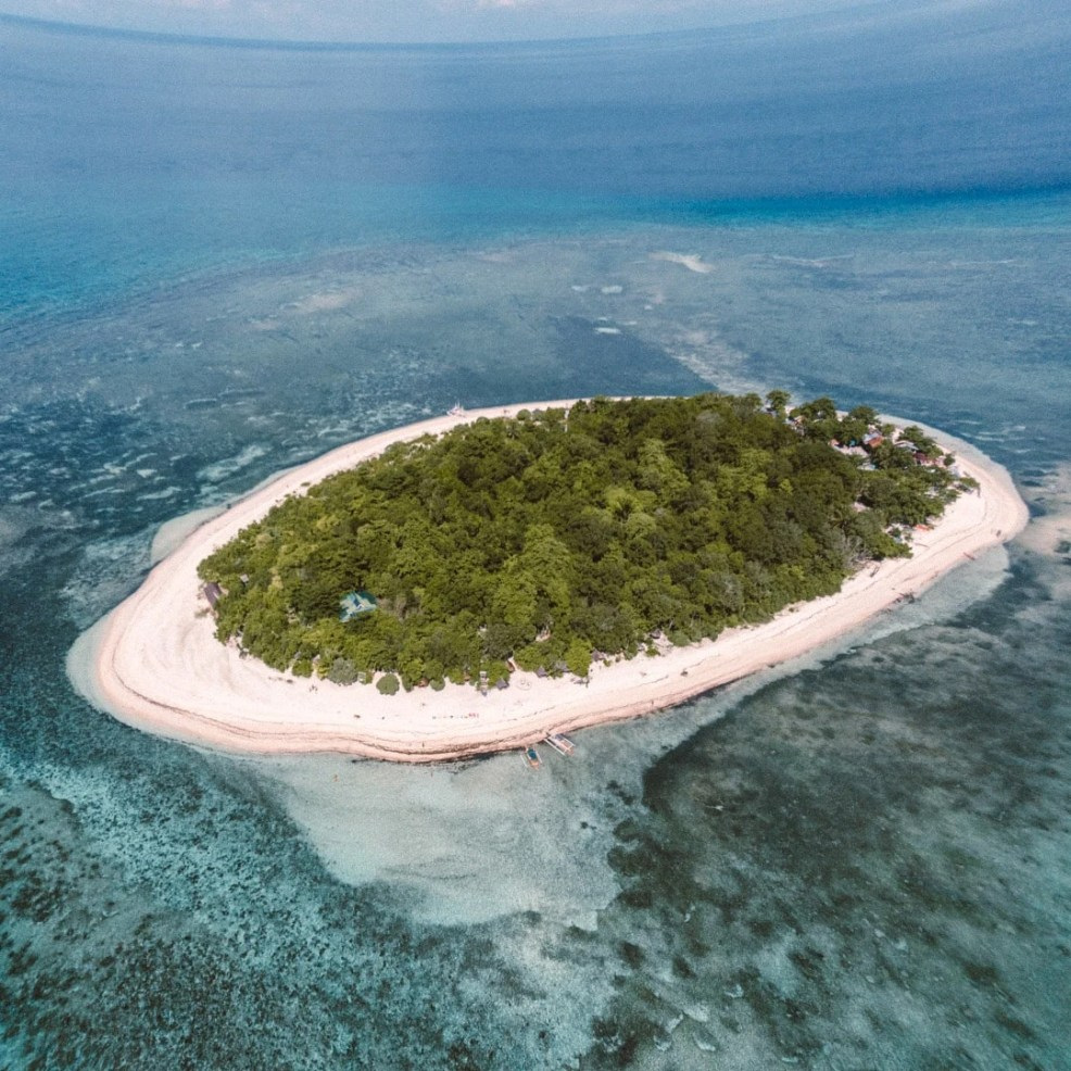 top instagrammable places in the Philippines, mantigue island