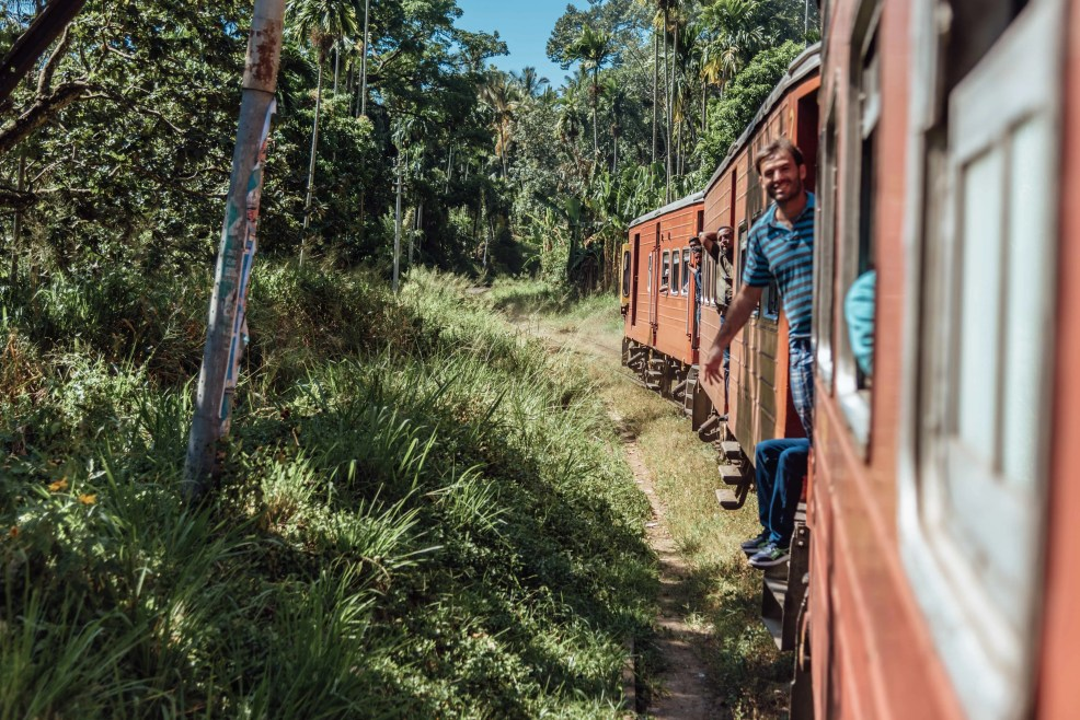 instagrammable places in Sri Lanka, train Kandy to Ella