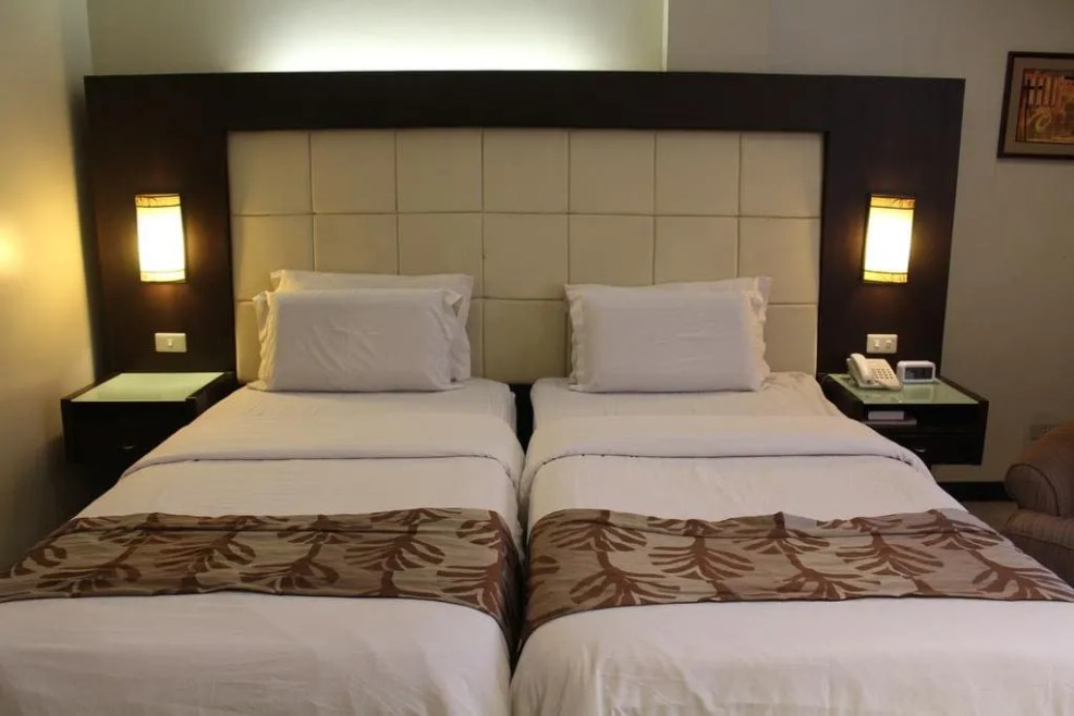 luxury resorts in Bacolod, where to stay in Bacolod, Circle Inn Hotel