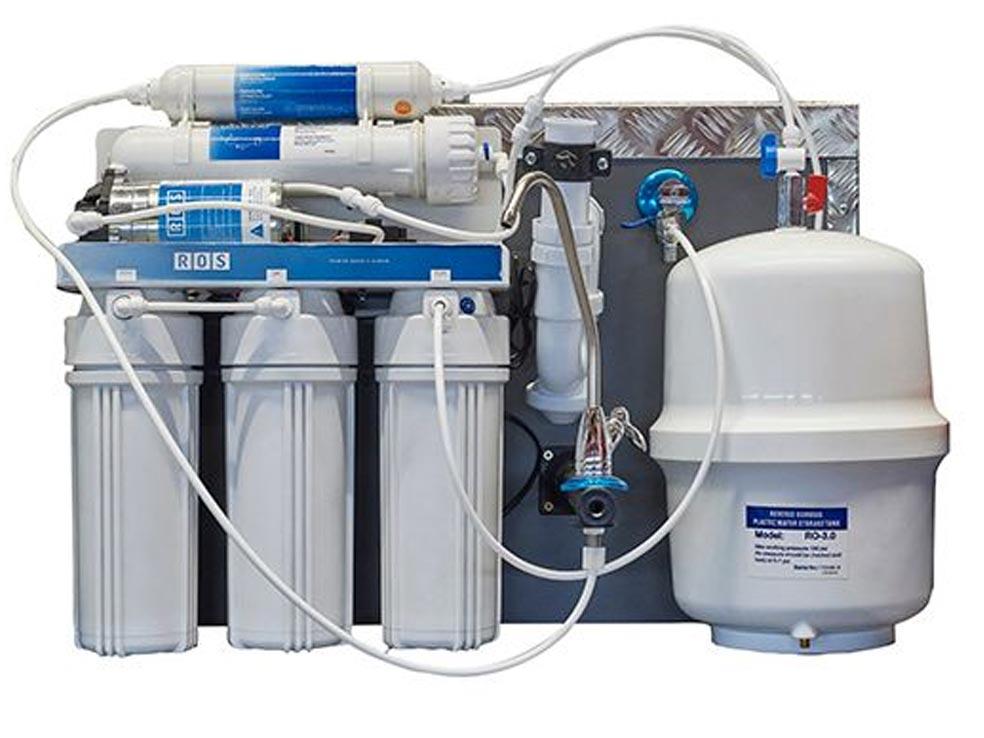 Sistema de filtración del agua por osmosis inversa