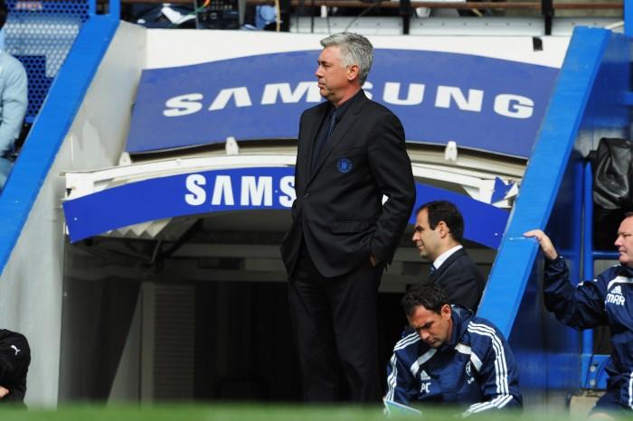 Carlo Ancelotti ai tempi della sua avventura con il Chelsea