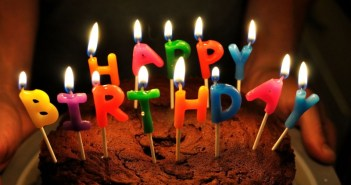 torta di compleanno