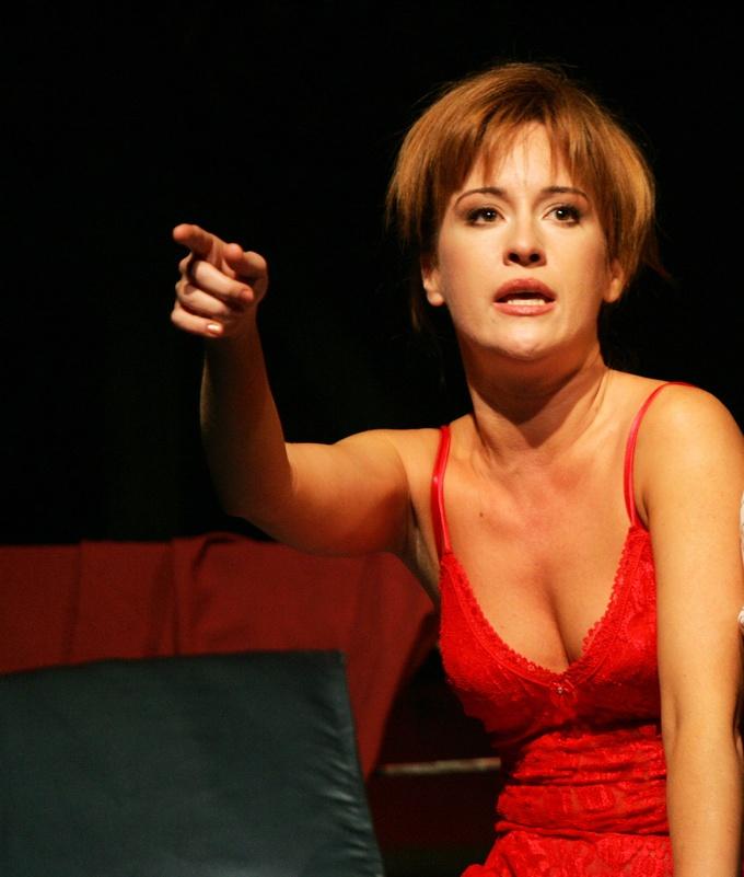 Imagini pentru actriţa Medeea Marinescu.photos