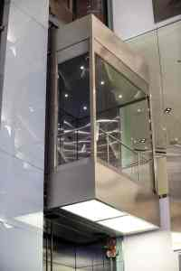 G&R Custom Elevator Cab: glass observation elevator at block 37 shopping mall chicago, IL