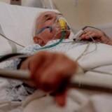 Mason-pe-patul-de-moarte2