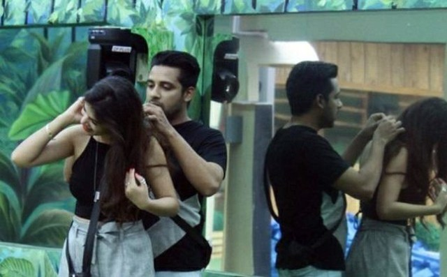 Bandgi's brother said some things about her relationship with Puneesh.