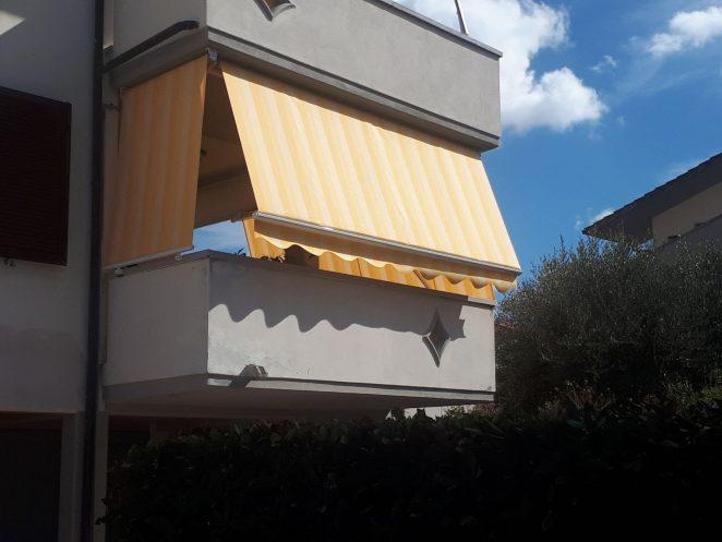 Le tende da sole per esterni a righe o tinta unita ti permettono di vivere il tuo spazio outdoor creando un'area protetta dal sole, accogliente e informale per tutta la famiglia. Modelli Di Tende Da Sole La Mini Guida Sulle Tende Per Esterni Gani