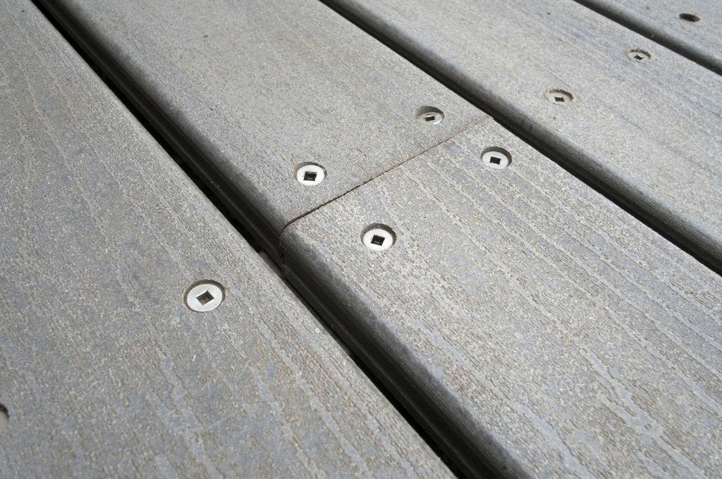 Redwood Decking vs. Composite Decking