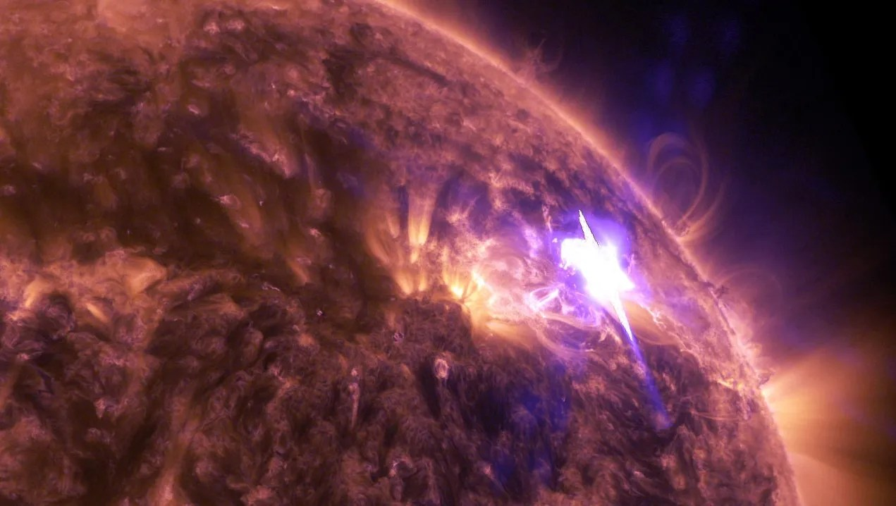 Nasa Releases Stunning Solar Flare Video