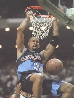 Chris Mills   Year: 1993   Round/overall: 1/22   Team: Cleveland