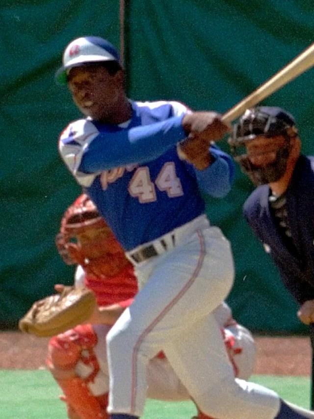 Not even Hammerin' Hank Aaron could make these Atlanta Braves uniforms Hall of Fame caliber.