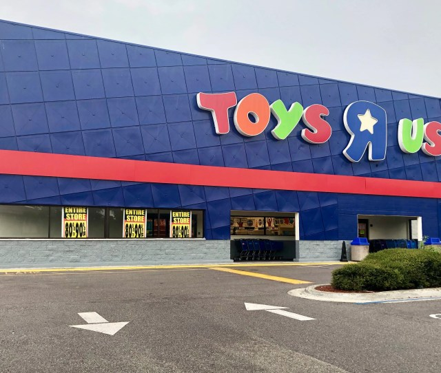 All Toys R Us And Babies R Us Stores Are Expected To Close On Or Before Friday The Iconic Toy Retailer Has Announced