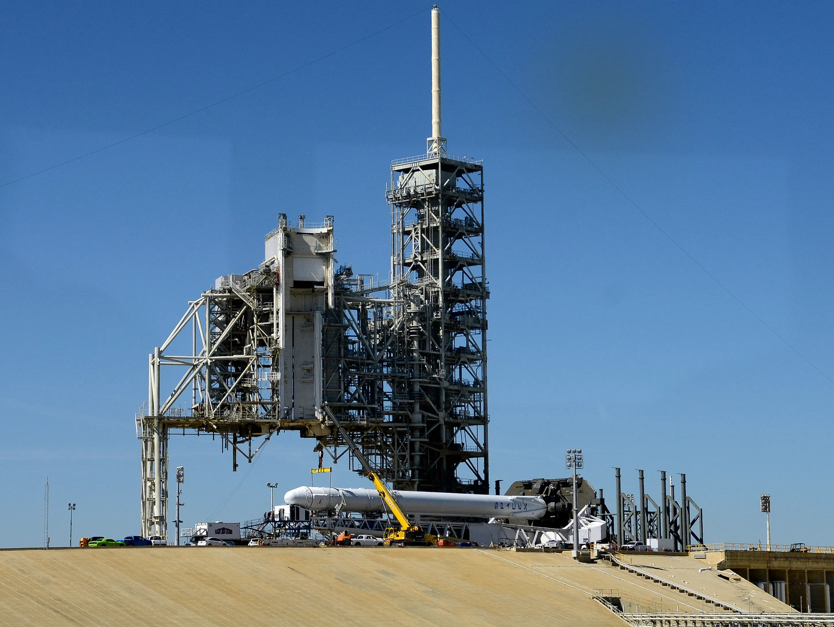 Spacex Falcon 9 Launch Scrubbed Due To Technical Issues