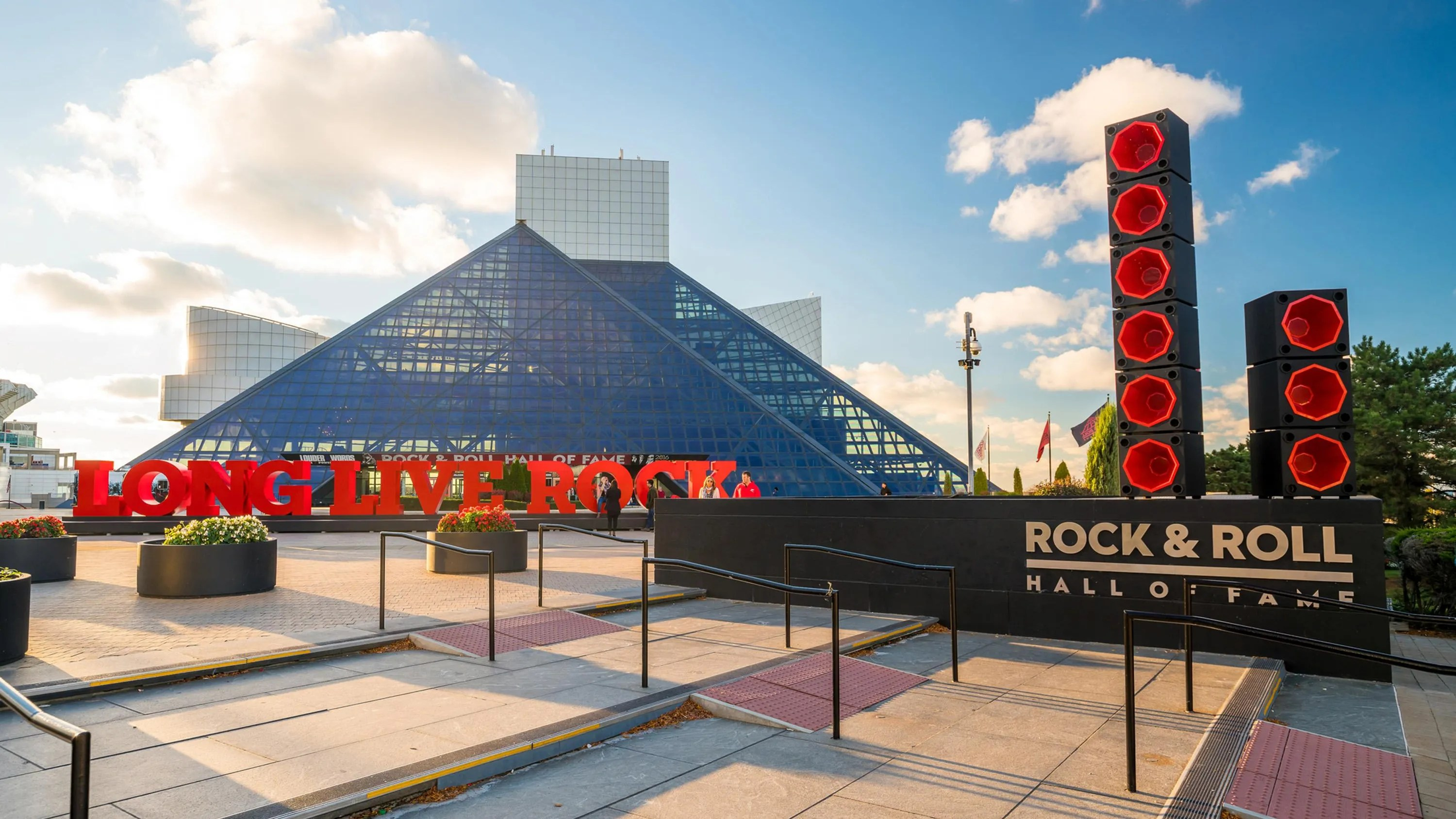 Rock And Roll Hall Of Fame Returns Cleveland