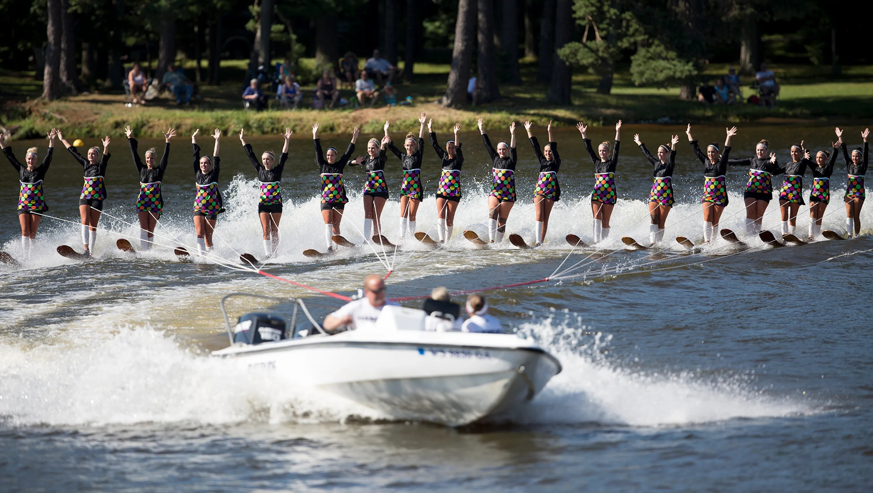Aqua Skiers perform at Wisconsin State Water Ski Show