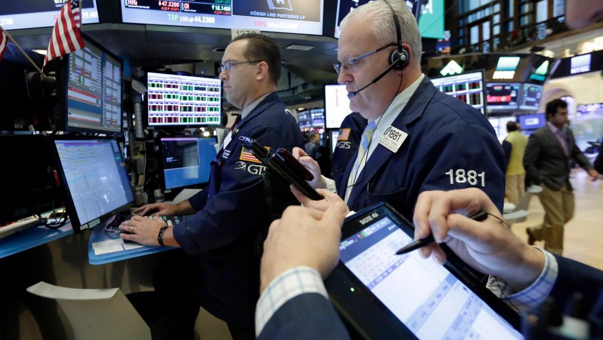 Stocks Tread Water As Week Ends