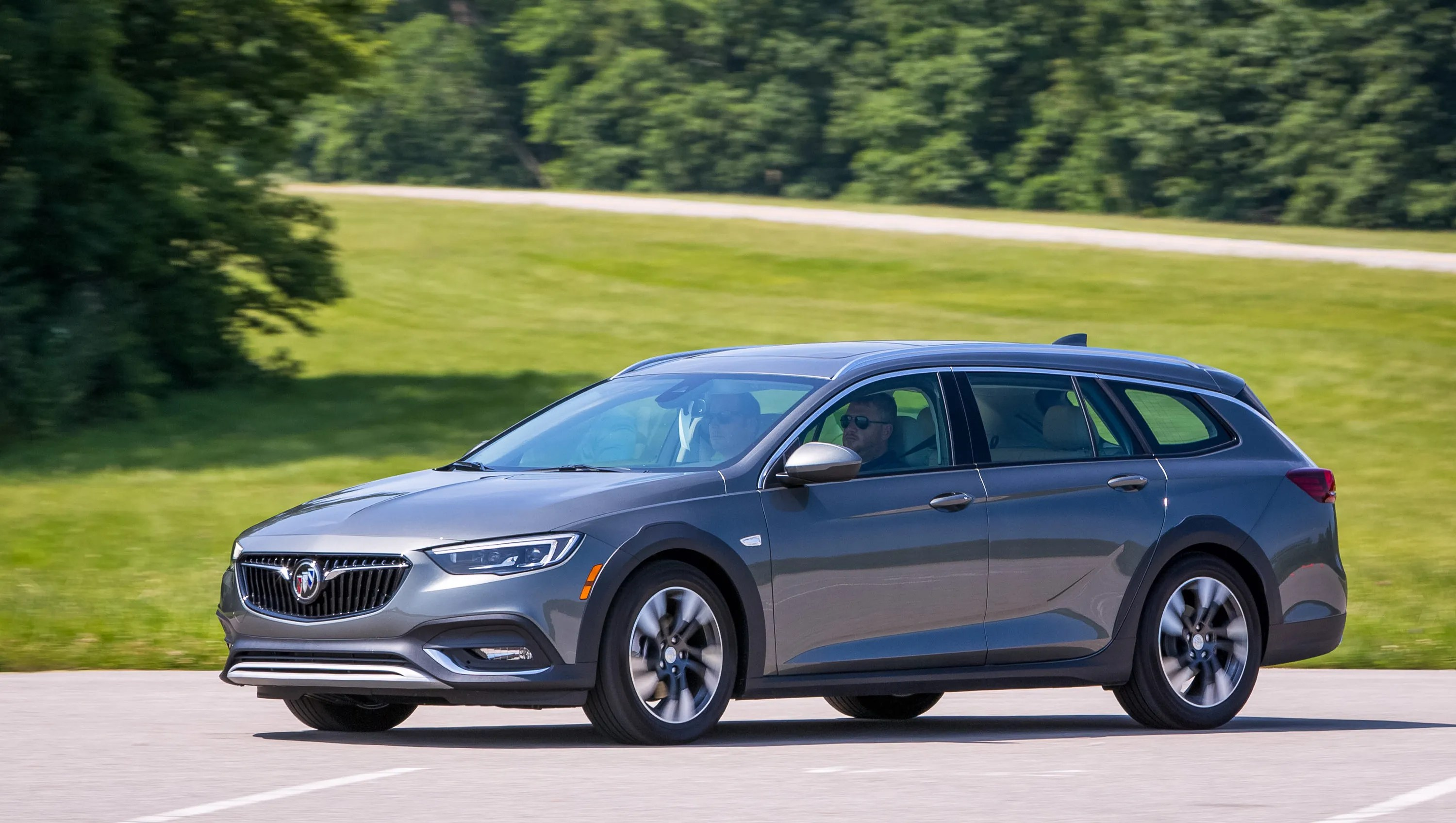 medium resolution of buick regal tourx spurs a station wagon revival
