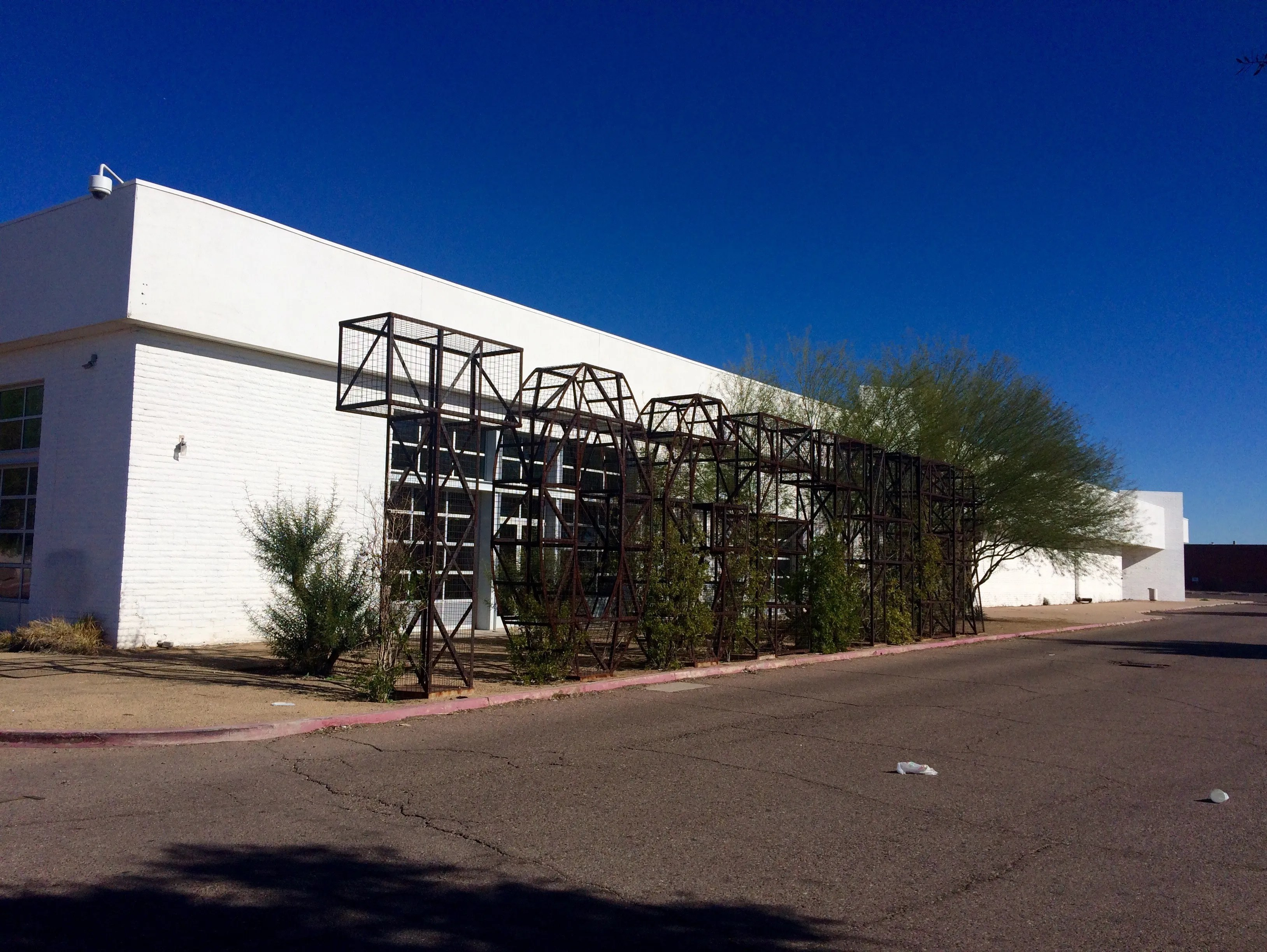 Mesa City Council split over 27 million purchase of old Mervyns building
