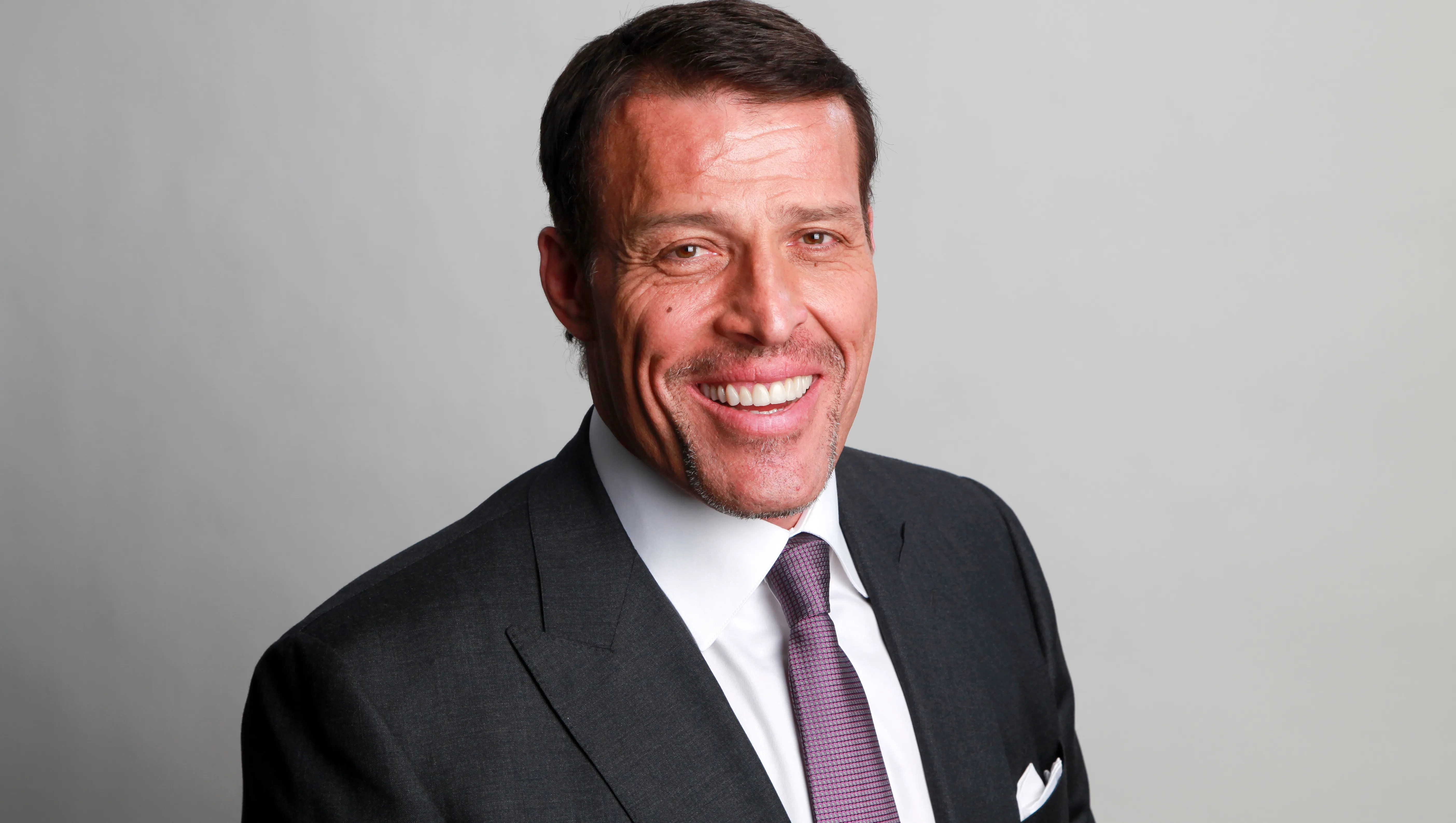 Tony Robbins Apologizes For Critical Comments On Metoo