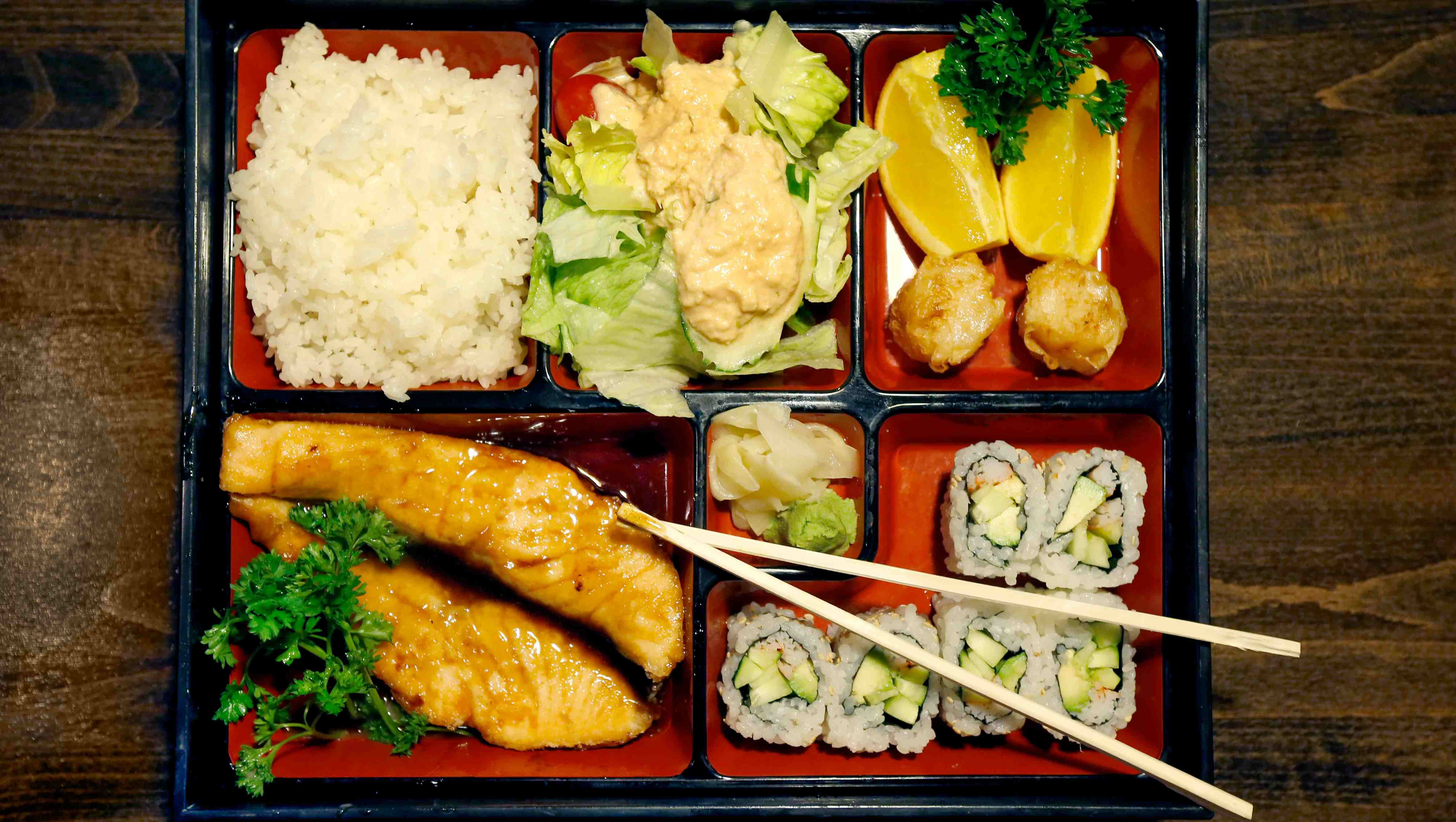 Chinese Thriving In Japanese Restaurant Business