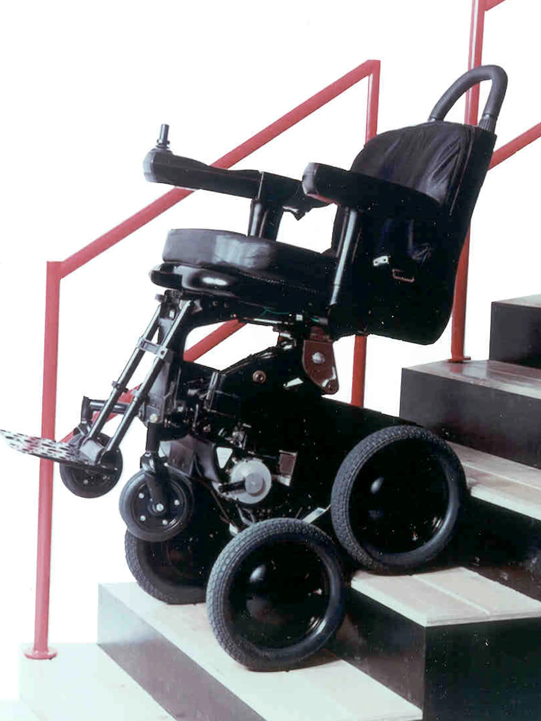 motorized wheel chair evenflo convertible high toyota joins dean kamen on wheelchair that climbs stairs afp 2395712ho101 ibot usa ny