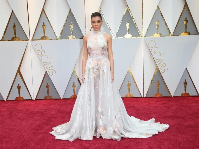 Hailee Steinfeld in a dramatic Ralph & Russo gown.