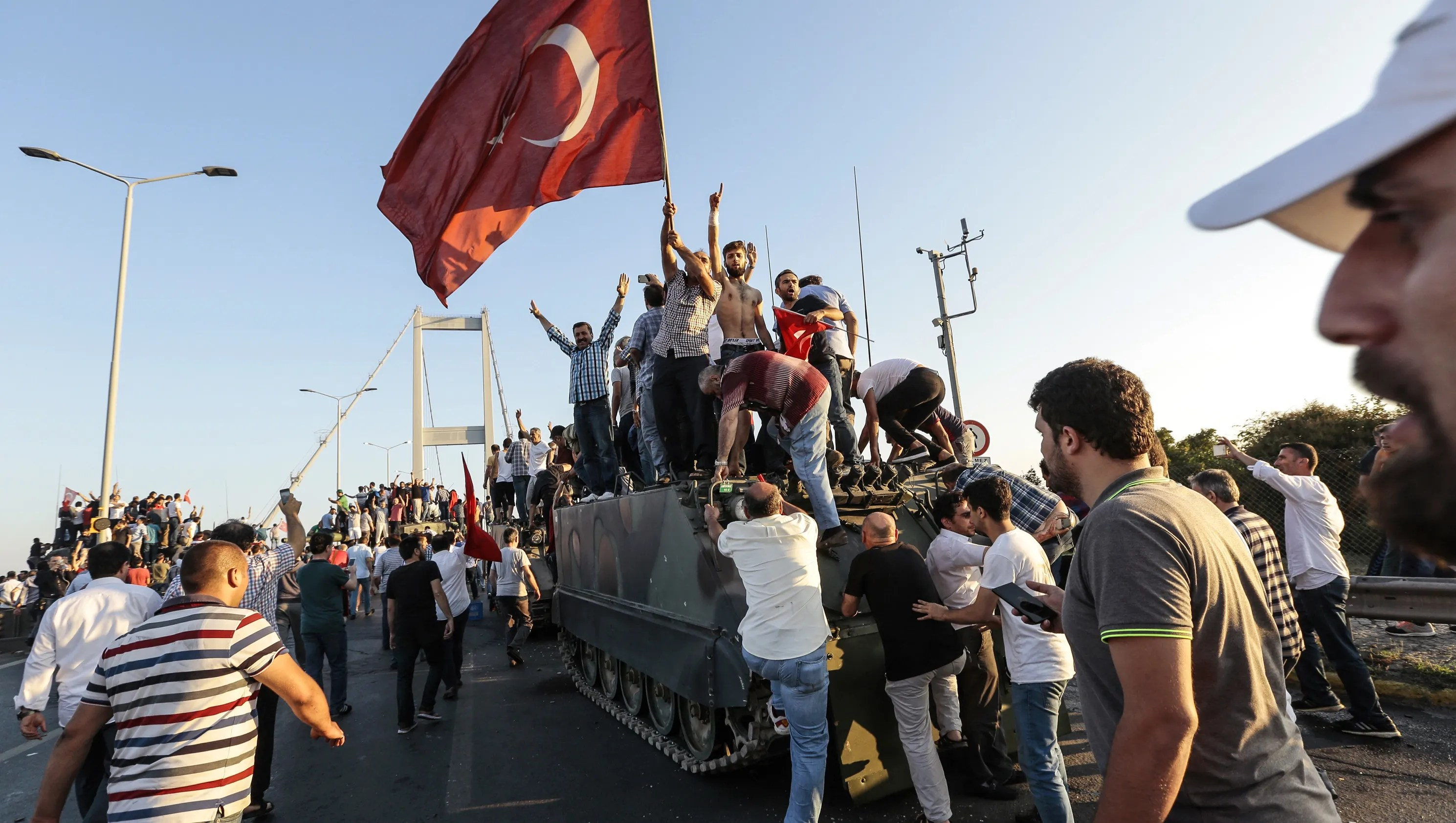 Reports At least 90 dead in attempted Turkish coup