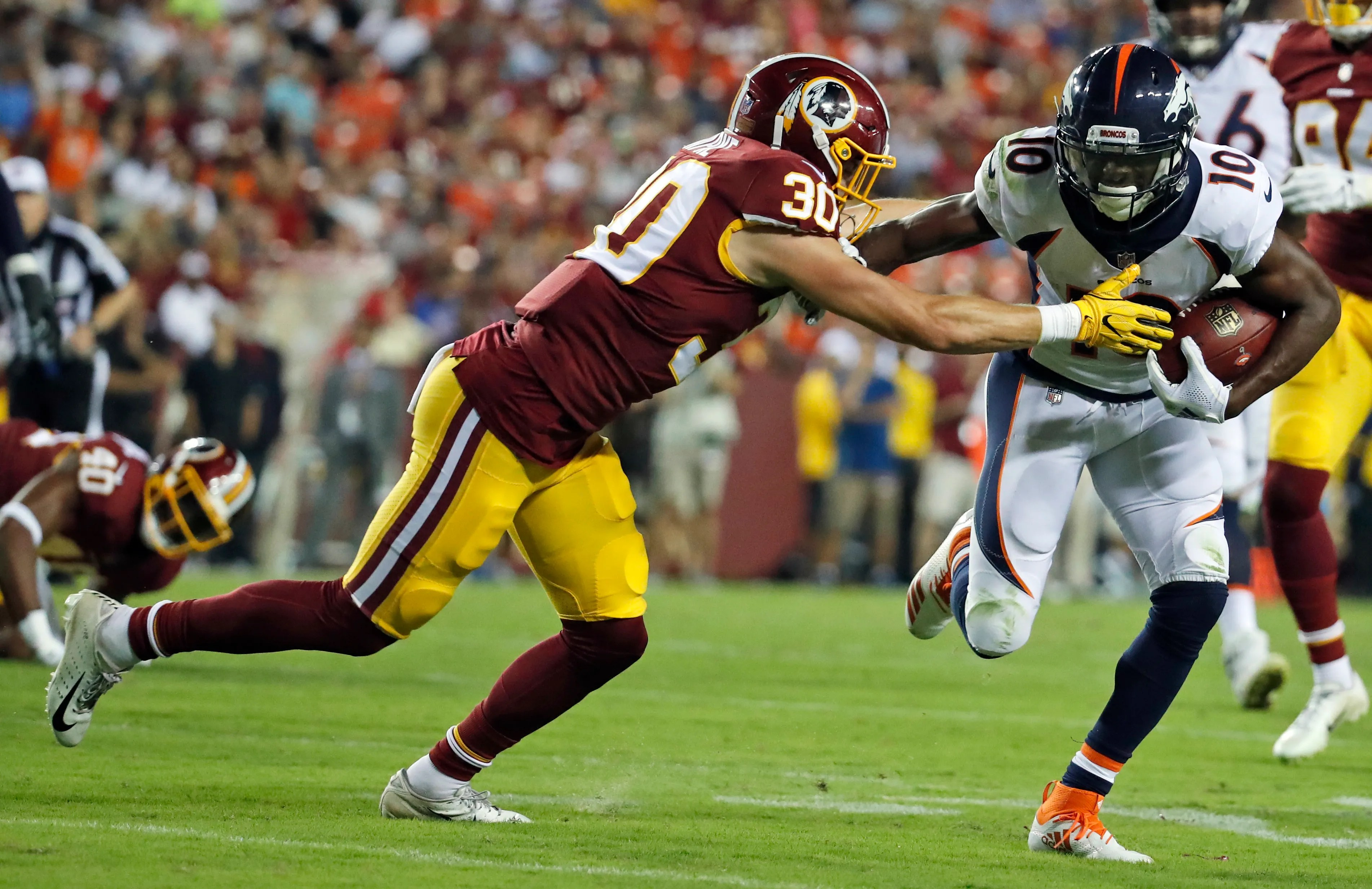 also adrian peterson impresses in redskins debut vs broncos rh usatoday