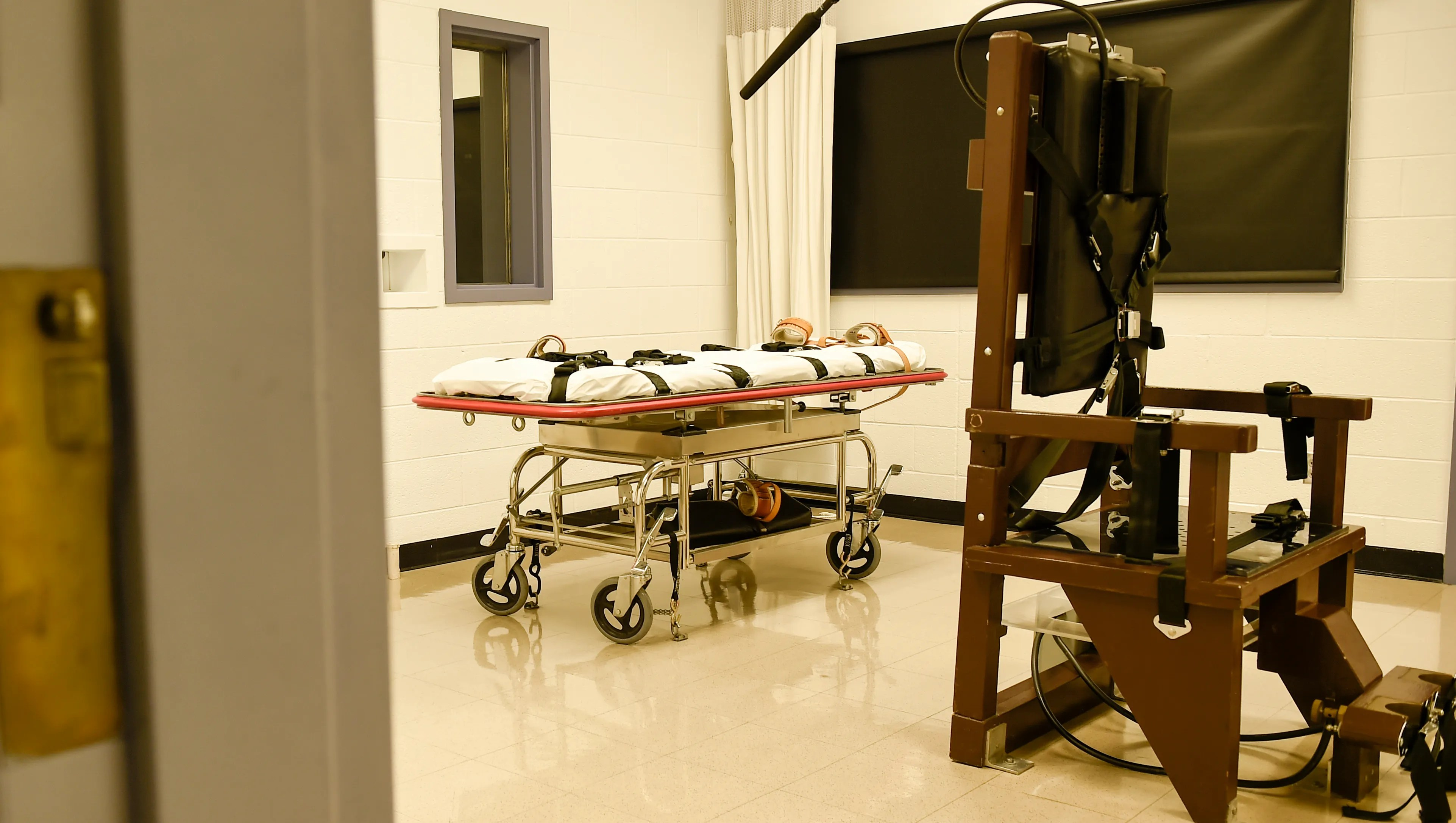 Tennessee Execution Electric Chair Builder Concerned It