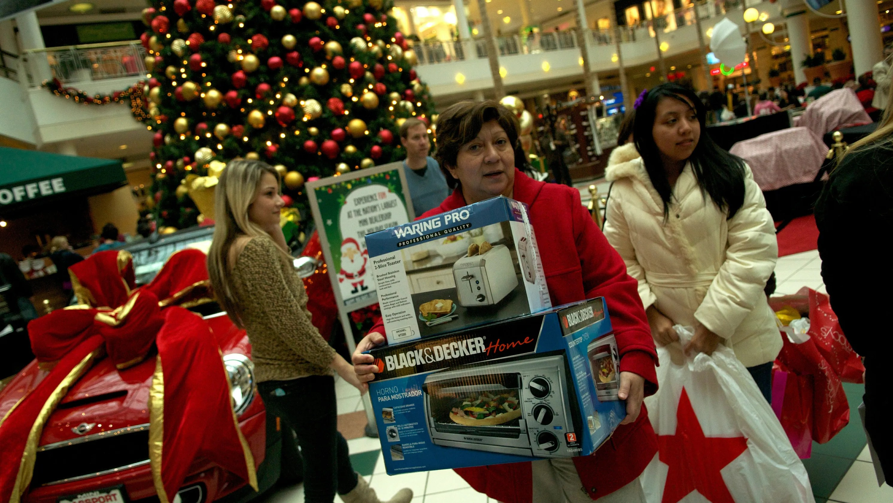 Money Saving Strategies For Holiday Shopping
