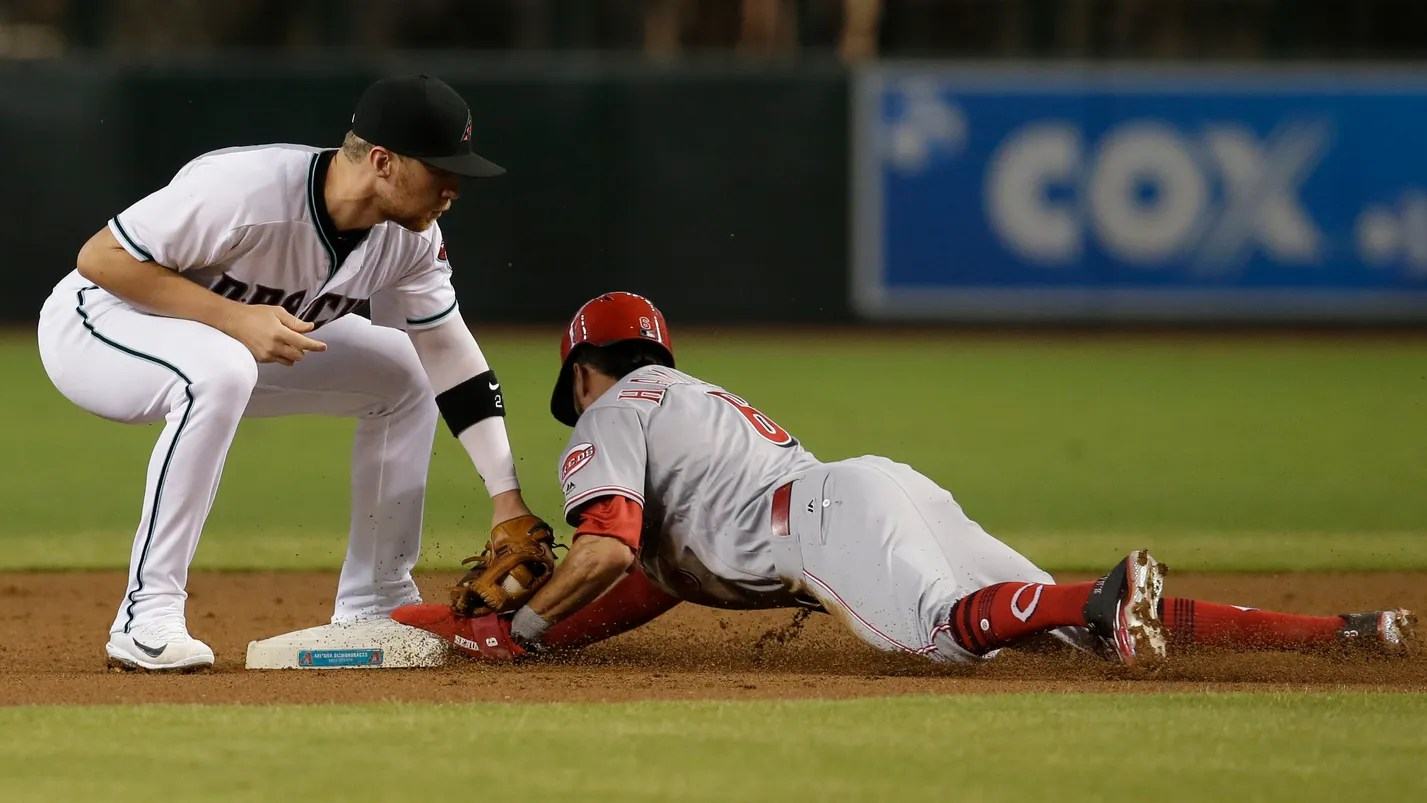 Greinke Goldschmidt Help Diamondbacks Beat Reds 6 3