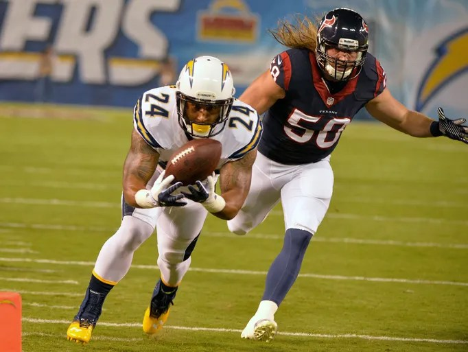 San Diego Chargers running back Ryan Mathews (24) scores a touchdown past Houston Texans linebacker Bryan Braman (50) during the opening 15 seconds of the first quarter at Qualcomm Stadium.