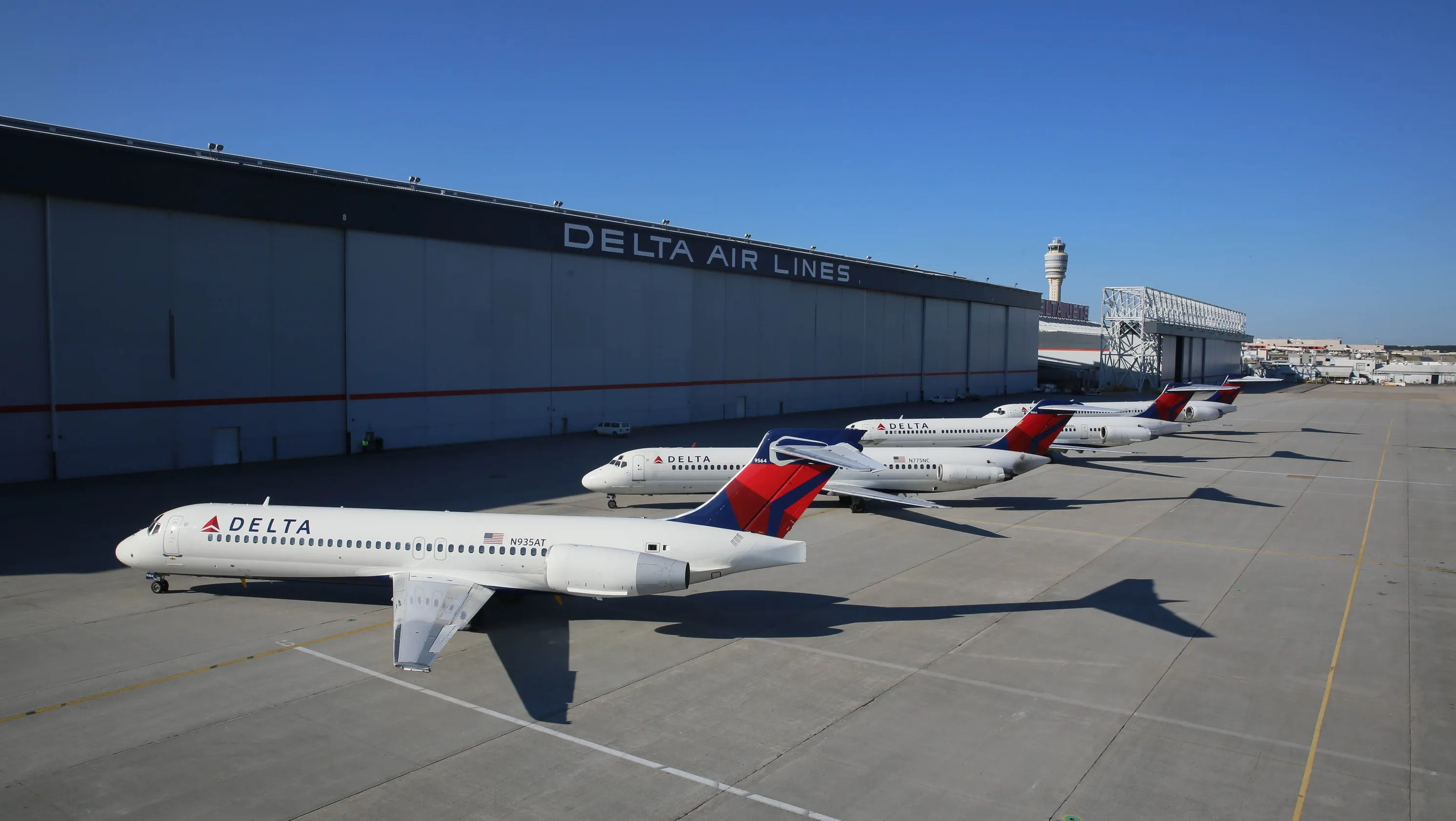 Now Flying For Delta The Boeing 717