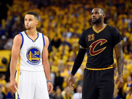 LeBron James and Stephen Curry during the third quarter