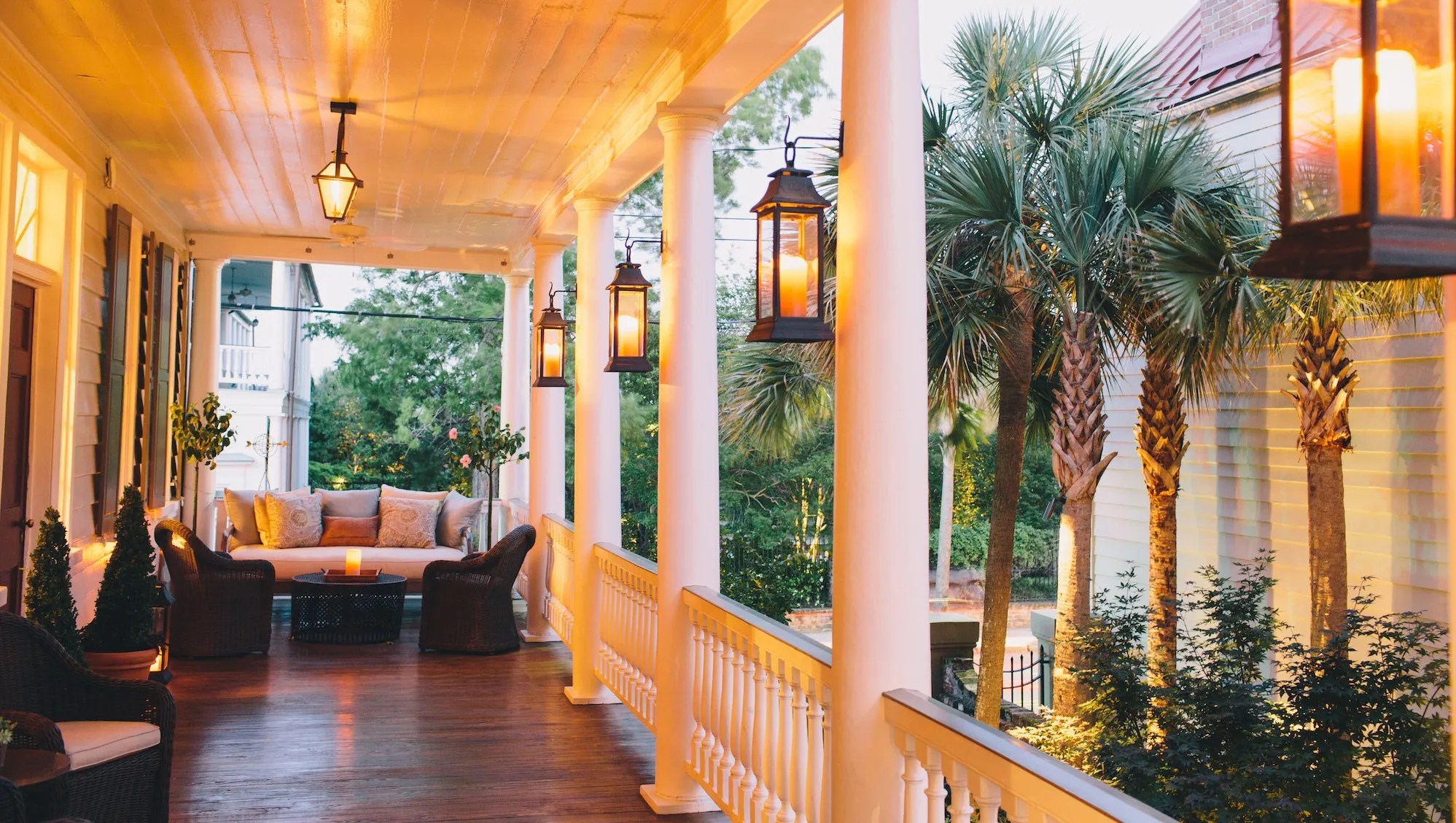 Great Southern Inns And Resorts Porch Sitting