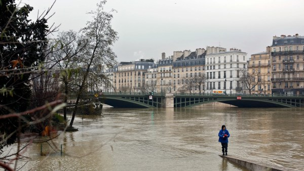 Seine River Paris Braces Peak Flooding Rises