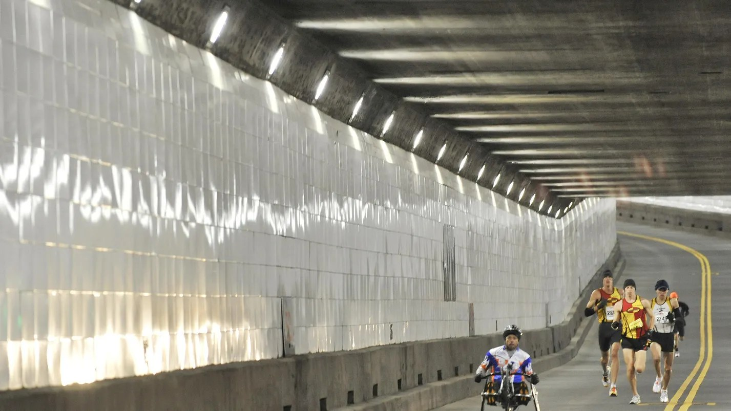 DetroitWindsor Tunnels ceiling to be replaced
