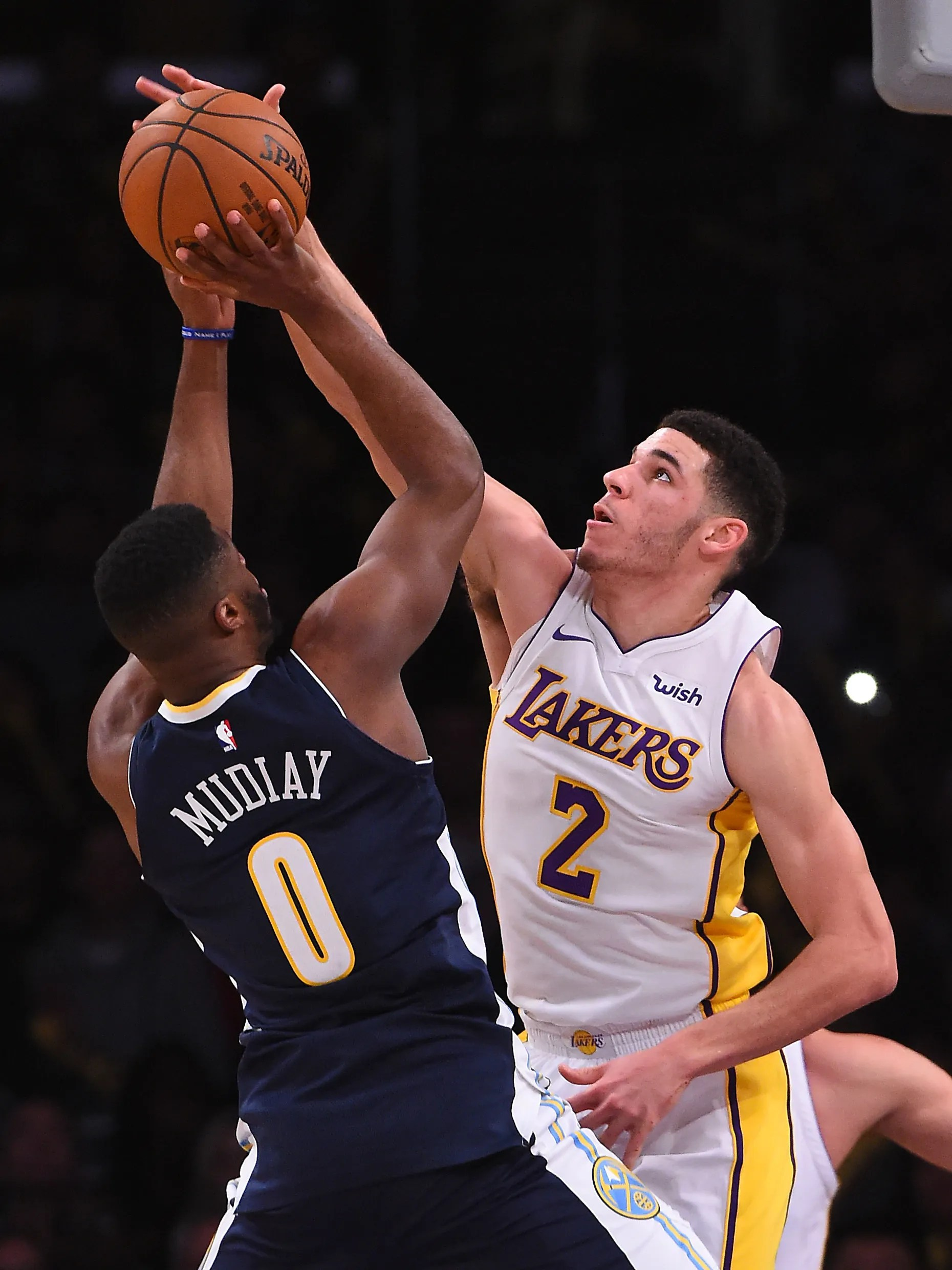 Lonzo Ball Has Triple Double In L A Lakers Win Over