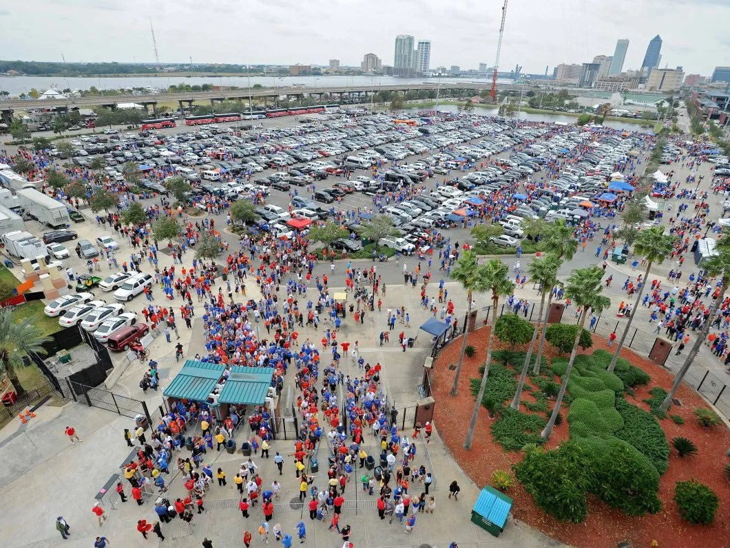 e70afb418f5 ... of college football s best tailgating spots. Oct 27