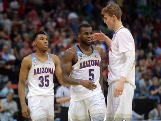 Arizona Wildcats guard Allonzo Trier (35), guard Kadeem