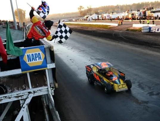 Syracuses Moody Mile hosting final stock car race