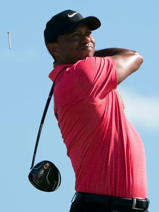 pga tour golf tiger woods round 2 hero