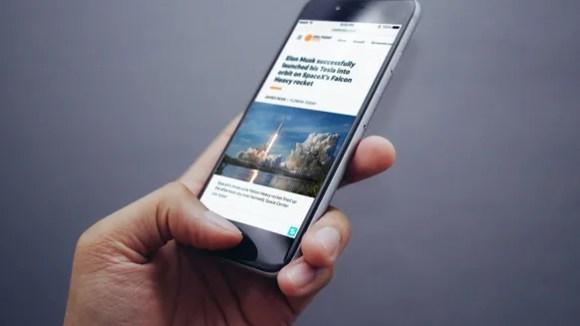 Using the online media software platform Scroll. mobile