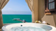 Hotel Rooms with Hot Tubs