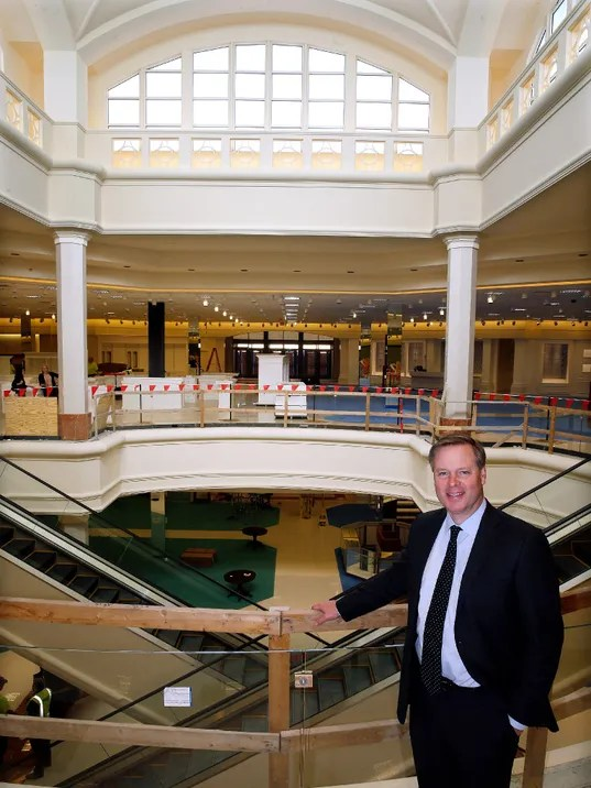 Von Maur gearing up for April opening
