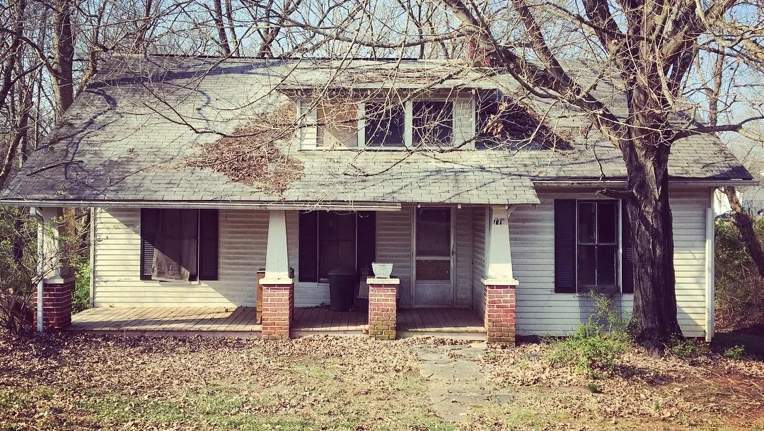 Extreme Fixer-upper 1920s Sears Roebuck Craftsman Home