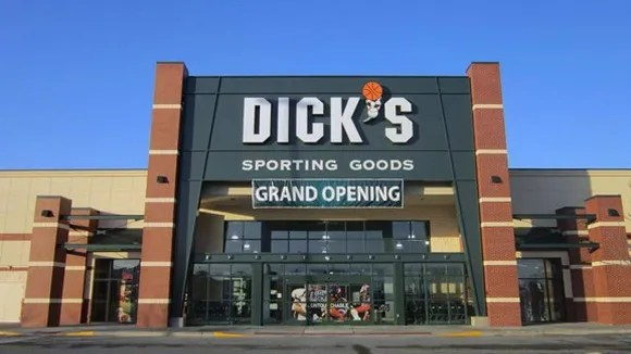 Dick S Sporting Goods Stumbles Plans To Increase Discounts